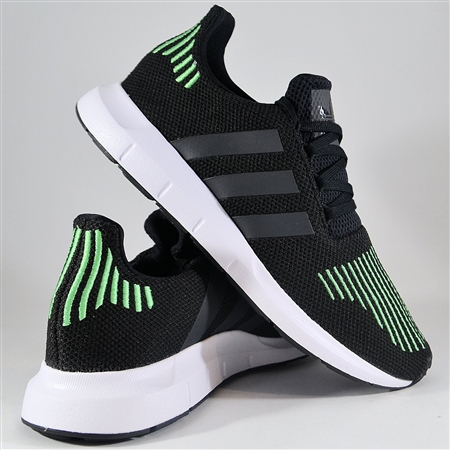 Zdjęcie ADIDAS ORIGINALS SWIFT RUN CG4110