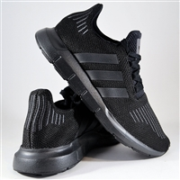 ADIDAS ORIGINALS SWIFT RUN CG4111